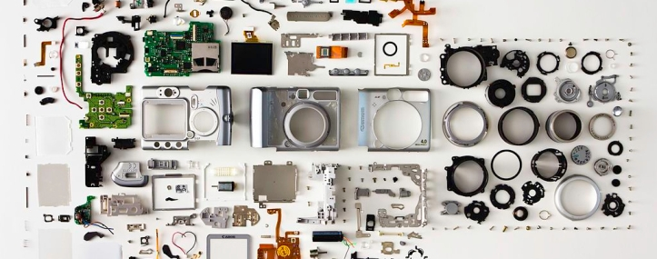 1024px-canon_powershot_a520_disassembled.jpg